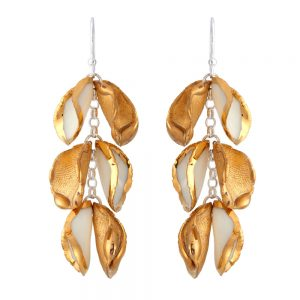 Drop earrings with 3 'twin' petals (iv)